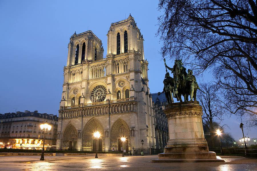 notre-dame-paris-hours.thumb.jpg.75ea757